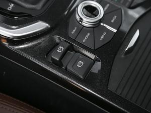 2018款蓝标 运动版1.5T 自动两驱尊贵型 驻车制动器