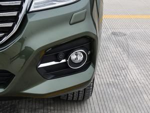 2017款2.0T 自动豪华型 7座 柴油 雾灯