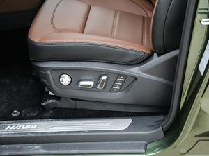 2017款2.0T 自动豪华型 7座 柴油 座椅调节