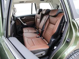 2017款2.0T 自动豪华型 7座 柴油 后排座椅
