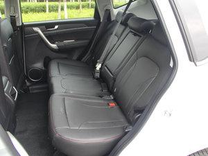 2017款1.5T 自动两驱尊贵型 后排座椅