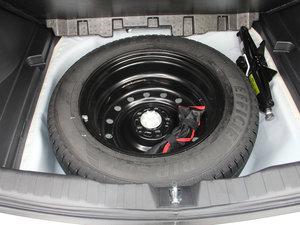 2017款1.5T 自动两驱尊贵型 备胎