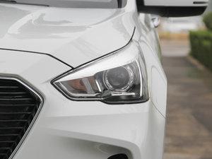 2017款1.5T 自动两驱尊贵型 头灯