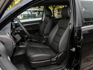 2018款经典版 2.0T 手动两驱精英型 汽油 前排座椅