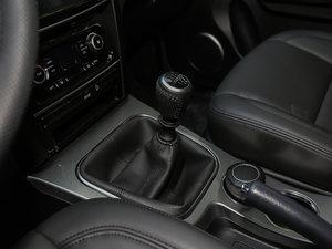 2018款经典版 2.0T 手动两驱精英型 汽油 变速挡杆