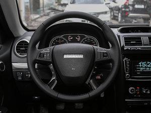 2018款经典版 2.0T 手动两驱精英型 汽油 方向盘