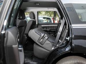 2018款经典版 2.0T 手动四驱进取型 汽油 后排座椅放倒