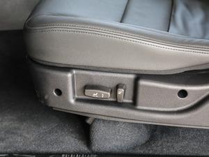 2018款经典版 2.0T 手动四驱尊贵型 汽油 座椅调节