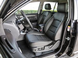 2018款经典版 2.0T 手动四驱尊贵型 汽油 前排座椅