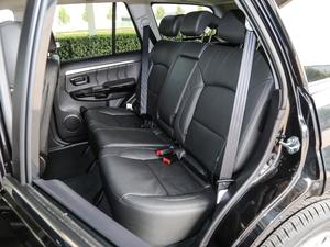 2018款经典版 2.0T 手动四驱尊贵型 汽油 后排座椅