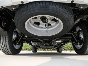 2018款经典版 2.0T 手动四驱尊贵型 汽油 备胎