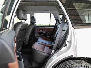 2018款经典版 2.0T 手动四驱精英型 汽油 后排空间