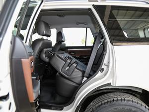 2018款经典版 2.0T 手动四驱精英型 汽油 后排座椅放倒