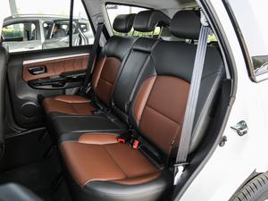 2018款经典版 2.0T 手动四驱精英型 汽油 后排座椅