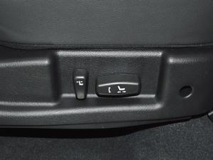 2018款经典版 2.0T 手动四驱尊贵型 柴油 座椅调节