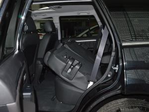 2018款经典版 2.0T 手动四驱尊贵型 柴油 后排座椅放倒