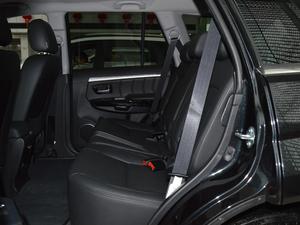 2018款经典版 2.0T 手动四驱尊贵型 柴油 后排空间