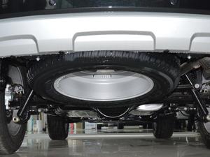 2018款经典版 2.0T 手动四驱尊贵型 柴油 备胎