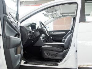2018款蓝标 运动版1.5T 手动两驱精英型 前排空间