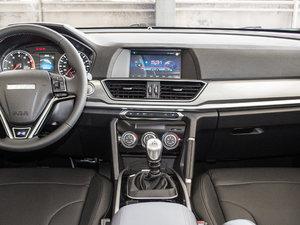 2018款蓝标 运动版1.5T 手动两驱精英型 中控台
