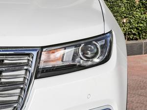 2017款L 红标 2.0T 自动豪华型 头灯