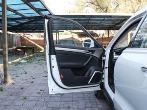 2017款L 红标 2.0T 自动豪华型 驾驶位车门
