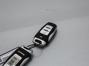 2018款红标 1.5T 手动精英型 钥匙