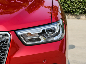 2018款红标 1.5T 自动豪华型 头灯