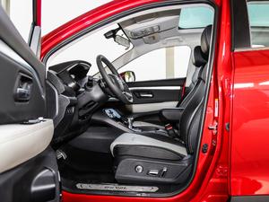 2018款红标 1.5T 自动豪华型 前排空间