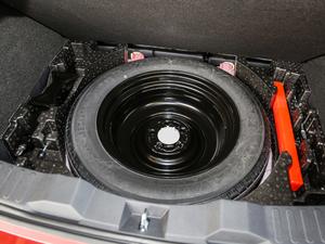 2018款红标 1.5T 自动豪华型 备胎