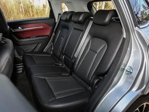 2018款红标 1.5T自动两驱超豪型 后排座椅
