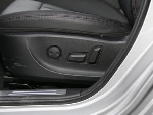 2018款红标 1.5T自动两驱超豪型 座椅调节
