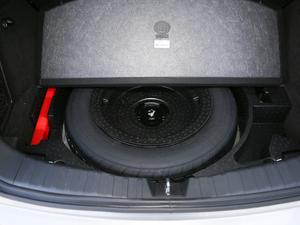 2018款红标 1.5T自动两驱超豪型 备胎
