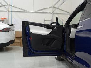 2016款90D 驾驶位车门