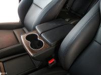 空间座椅MODEL X前排中央扶手