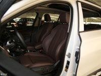 空间座椅宝马X1混合动力前排座椅