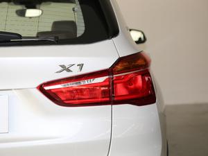 2019款xDrive25Le 豪华型 尾灯