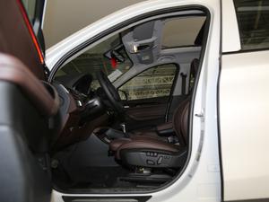 2019款xDrive25Le 豪华型 前排空间
