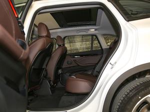 2019款xDrive25Le 豪华型 后排空间