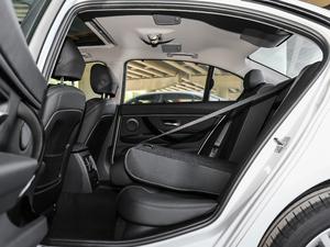 2019款320Li M 运动套装 后排座椅放倒