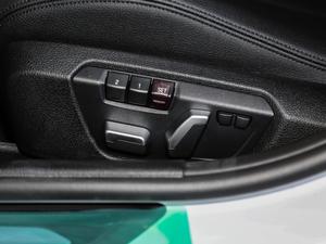 2019款320Li M 运动套装 座椅调节
