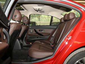 2019款320Li xDrive 时尚型 后排空间