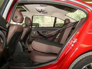 2019款320Li xDrive 时尚型 后排座椅放倒