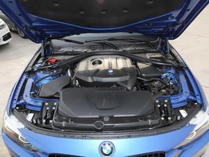 2019款320i M 运动套装 发动机