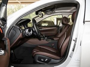 2019款530Li 尊享型 豪华套装 前排空间