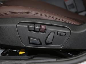 2019款120i 领先型M运动套装 座椅调节