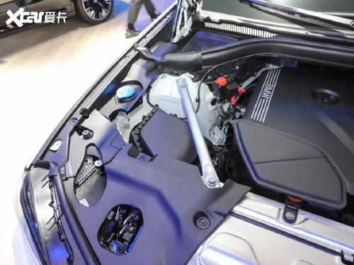 2022款 宝马X3 xDrive30i 尊享型 M曜夜套装