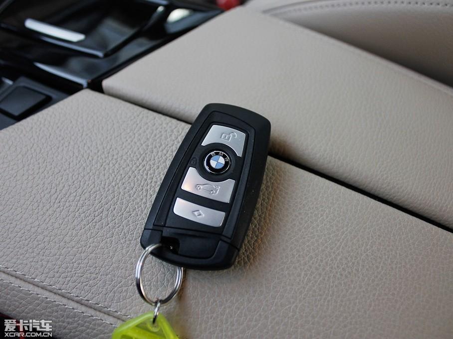 2013款宝马5系530li 领先版