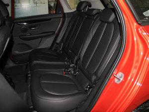 2016款218i 运动设计套装 后排座椅