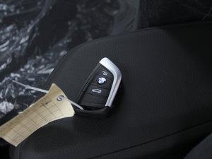 2016款218i 时尚型 钥匙